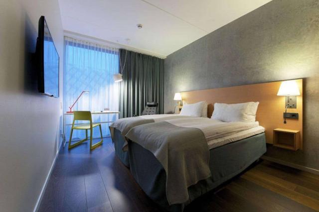 Quality Globe Hotel