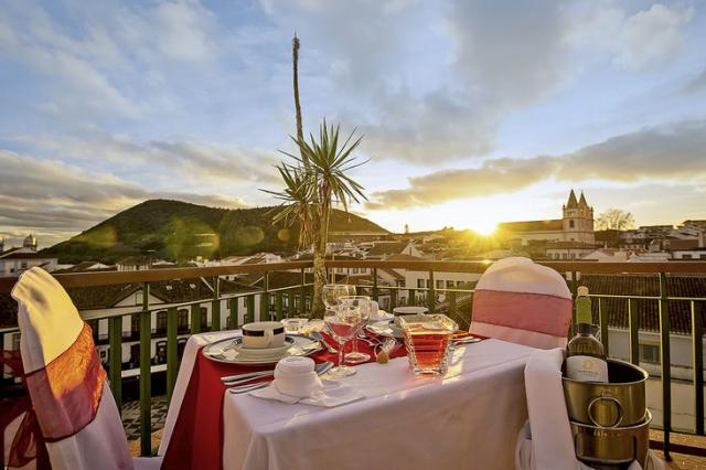Hotel Azoris Angra Garden