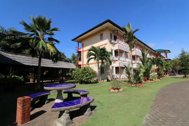 Eco Resort Inn