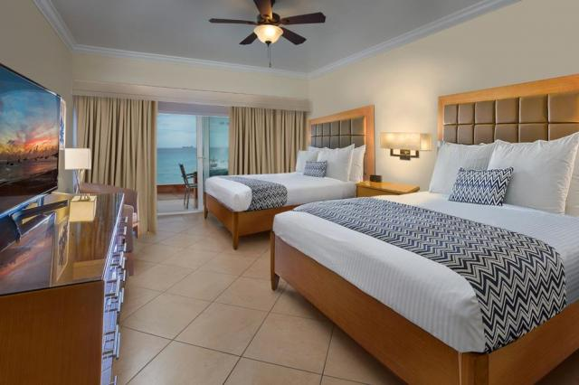 Divi Little Bay Beach Hotel en Casino