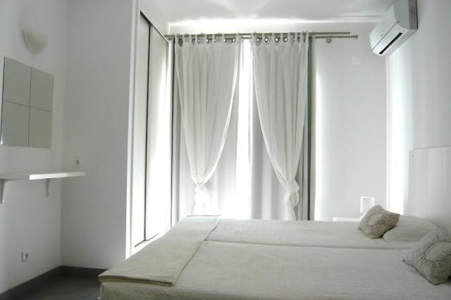 Kr Hotel