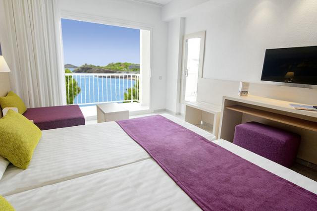 azuLine Azuline Hotel Coral Beach