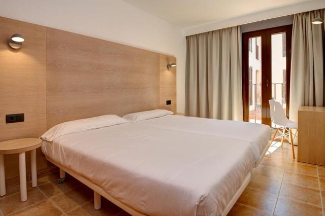 Protur Floriana Resort Aparthotel