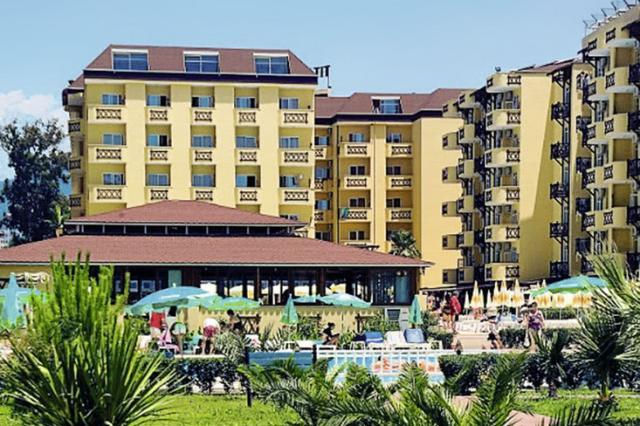 Club Hotel Titan Garden