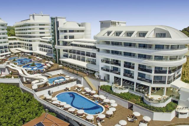 Hotel Laguna Beach Alya Resort & Spa