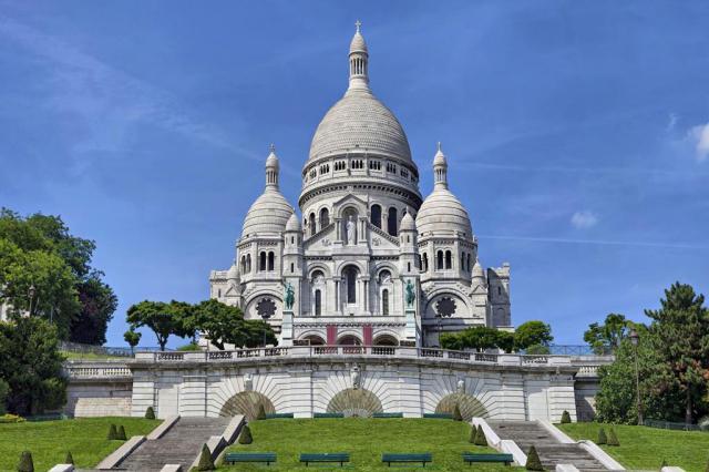 Le Montmartre Saint Pierre