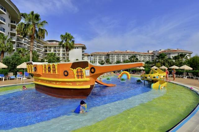 Seaden Sea World Resort en Spa