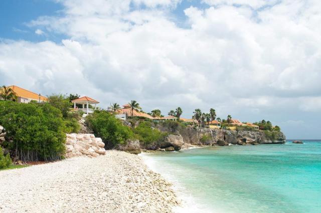 Oasis Coral Estate Beach