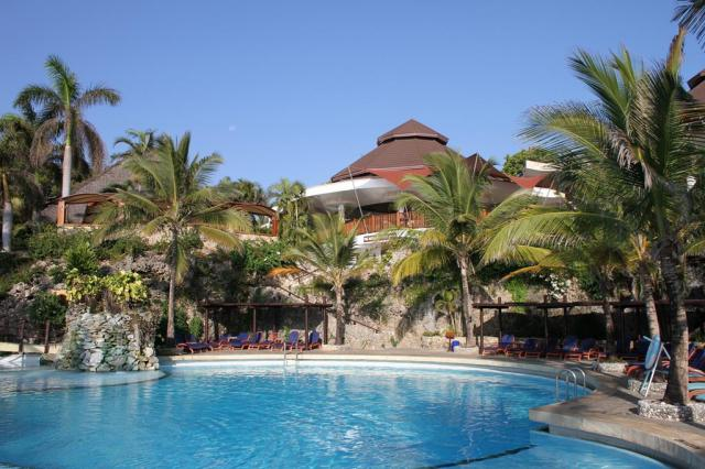 Leopard Beach Resort