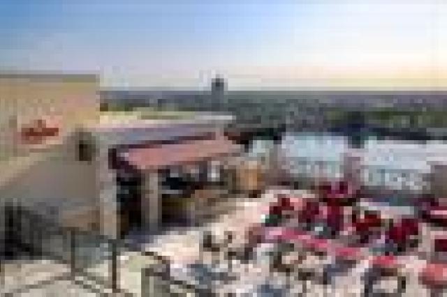 Ramada Plaza by Wyndham Orlando Resort en Suites Intl Drive